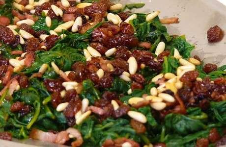 espinacs frescos a la catalana