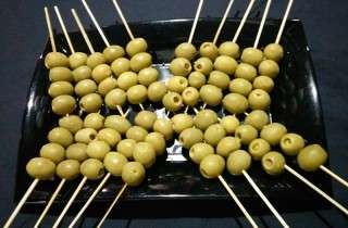 catering-pinxos-olives-farcides